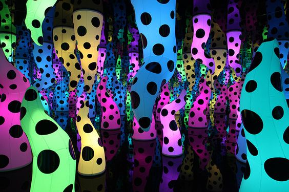 kusama 16 - love is calling
